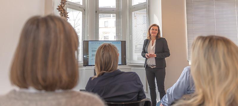 International Presentation Training: Lernen Sie gezielte Ausdruck- und Sprechübungen der englischen Sprache sowie alles zu einer gelungenen Präsentation