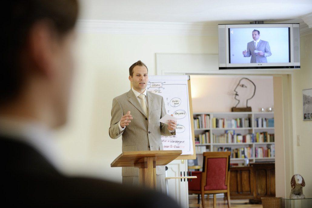 Rhetorik-Seminar bei Momentum